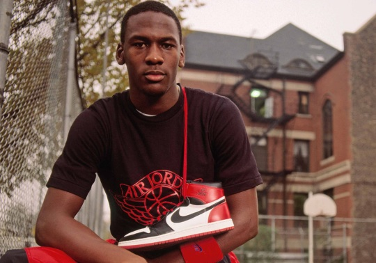 "The Story Behind The Air Jordan 1 ""Homage To Home"""