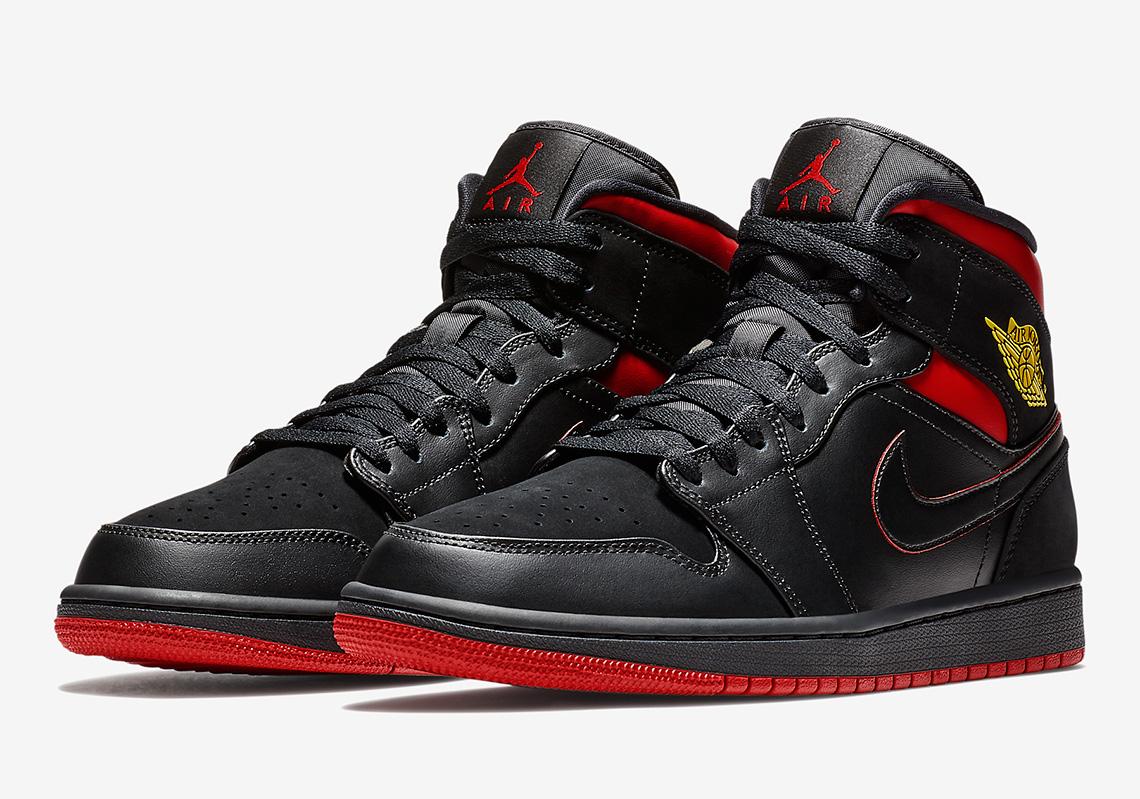 "Air Jordan 1 Mid ""Last Shot"" Celebrates MJ s Big Bucket 5dcfd86aad"