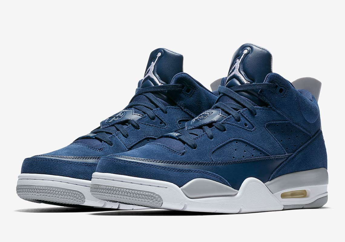 huge selection of 4c86e 8adbf The Jordan Son Of Mars Gets A Georgetown Colorway