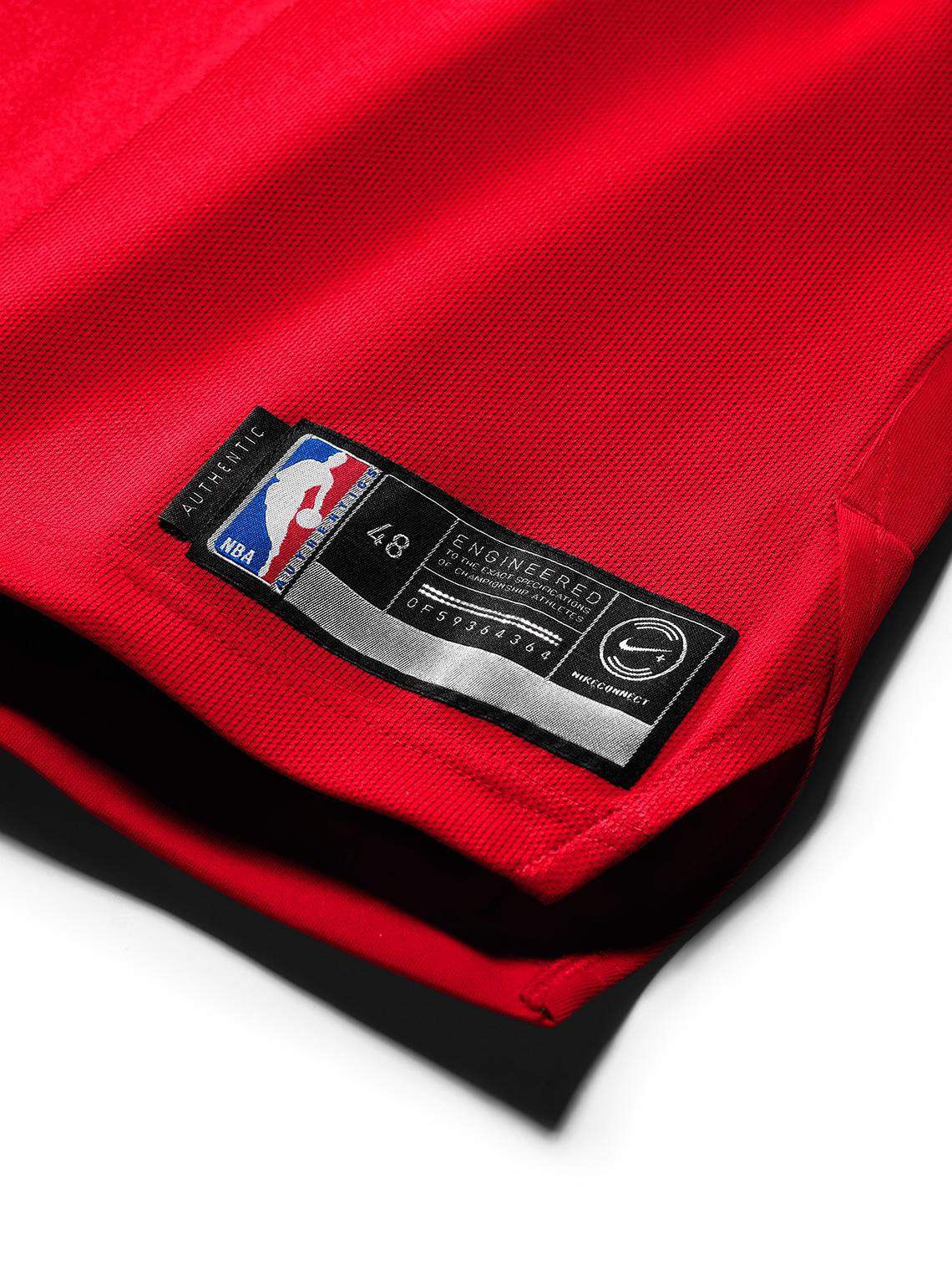 pretty nice 7d85c a4953 Michael Jordan Authentic Chicago Bulls Jersey Swingman NikeConnect ...