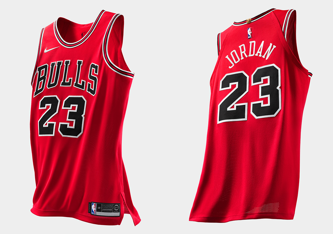 online retailer e4875 e0c57 Michael Jordan Authentic Chicago Bulls Jersey Swingman ...
