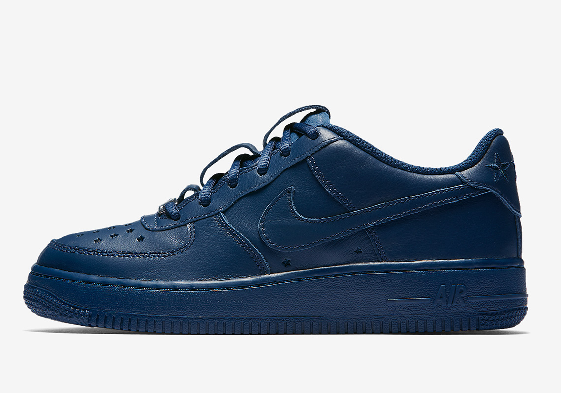 """b5226623c1b17 Nike Air Force 1 Low QS """"Independence Day"""" Pack Revisits Patriotic ..."""