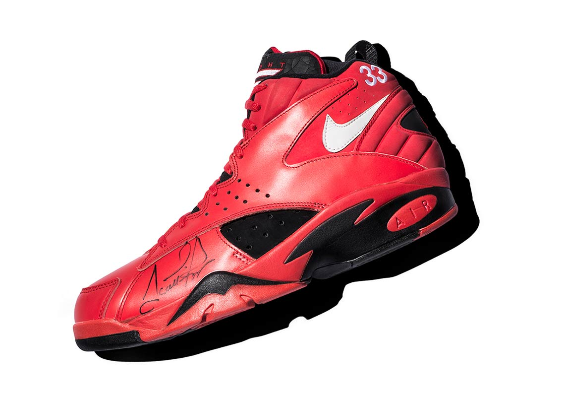 1ecea3be442a Nike Recalls Scottie Pippen s Air Maestro 2 PE From The 1994 All-Star Game