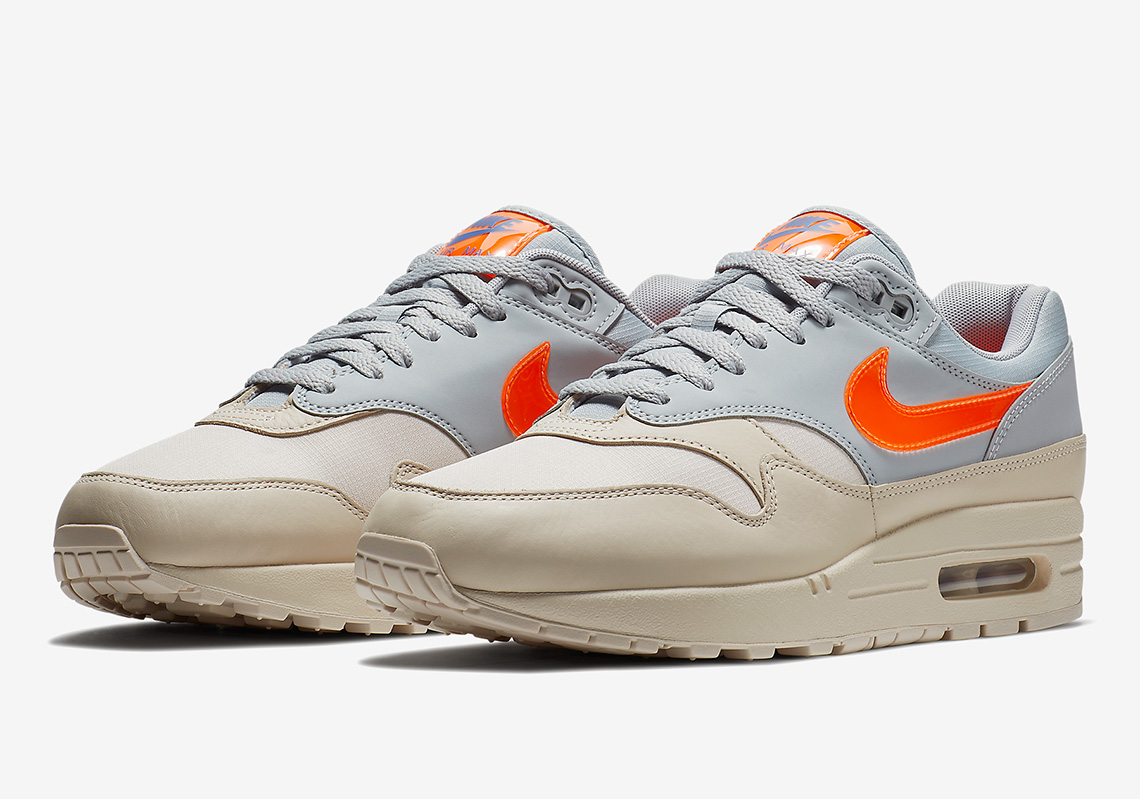 "the best attitude 407f0 60e1c Nike Air Max 1 ""Desert Sand"" Is Coming Soon"