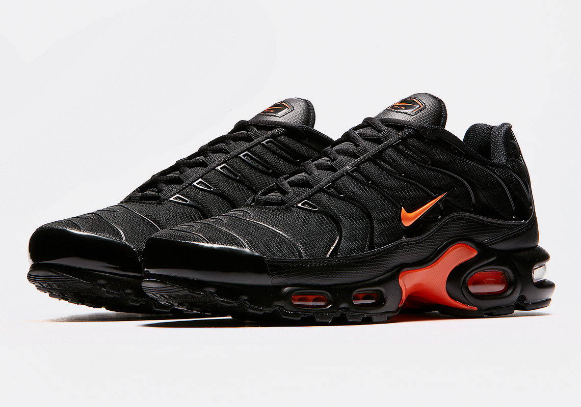 Nike Air Max Plus Black Orange Release Info Ao9564 001