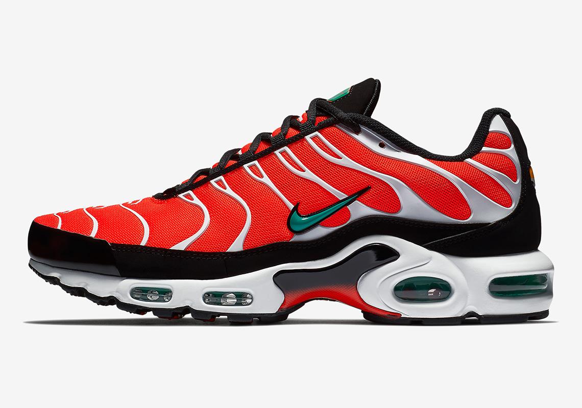 premium selection f80da 3bd83 Nike Air Max Plus Orange/Teal First Look 852630-801 | SneakerNews.com