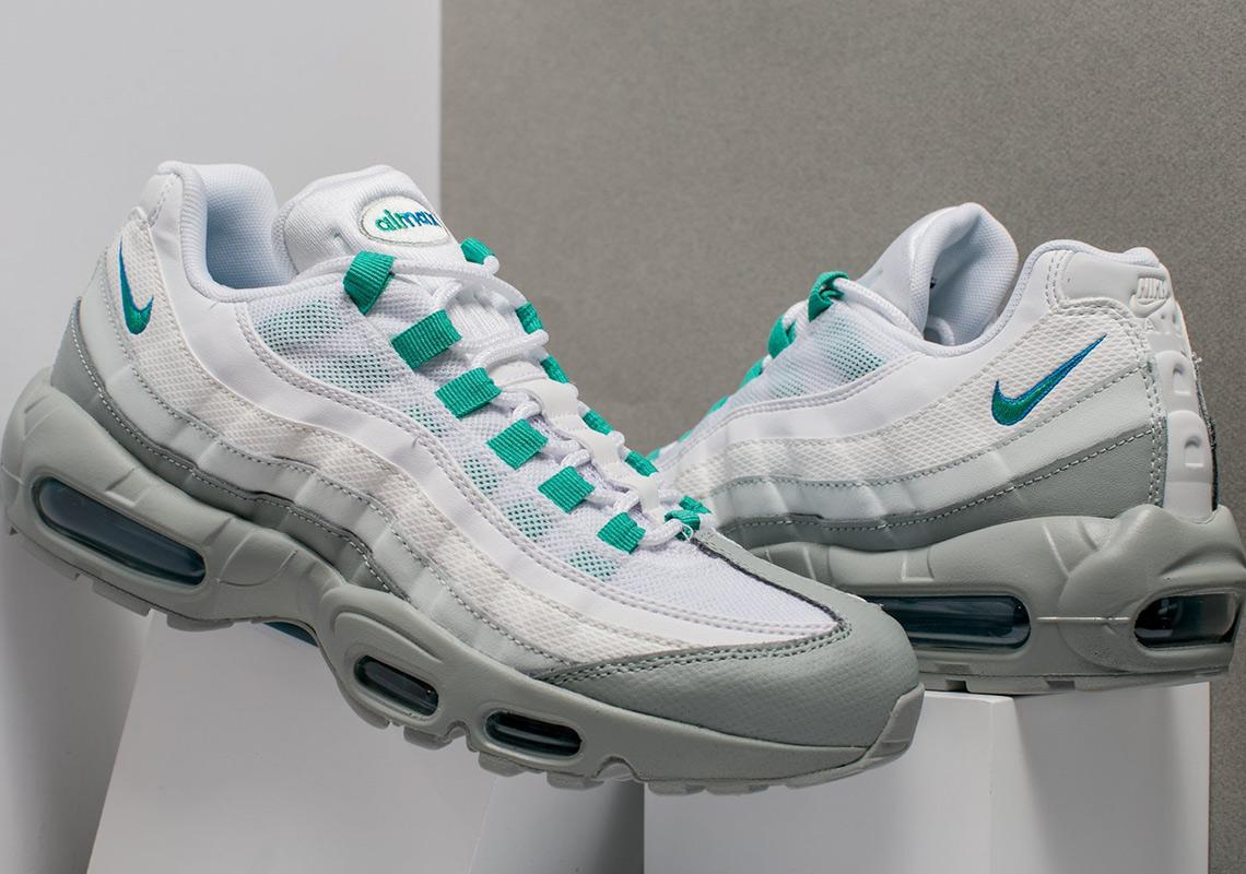 promo code 1d715 d6724 Nike Air Max 95 160. Color Light PumiceClear Emerald
