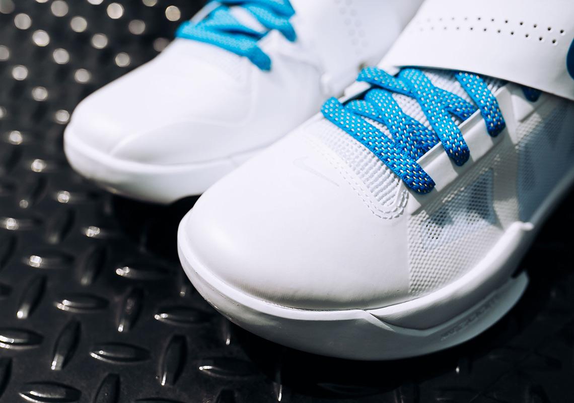 11f01b8ca44e9a Nike KD 4 IV Thunderstruck White Blue Release Info