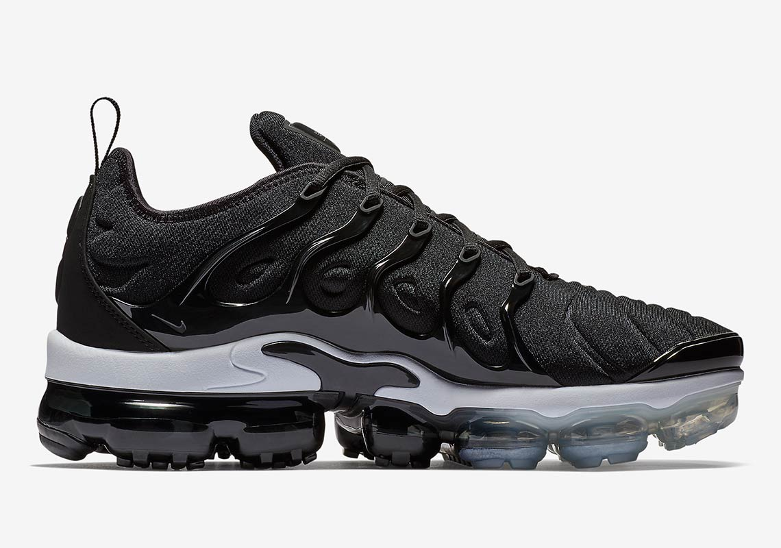 new styles bef80 6cda2 ... official nike vapormax plus available now on nike 2b449 05542