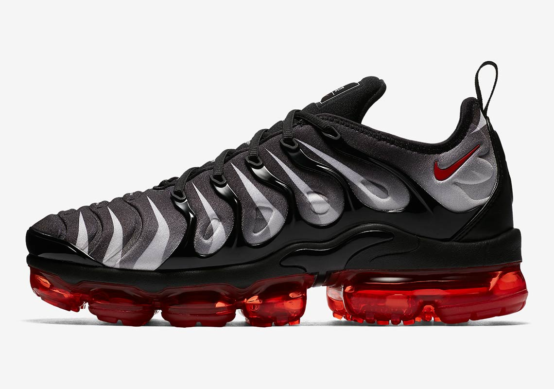 "8a11cc189c3b4 Nike Vapormax Plus ""Red Shark Tooth"" Colorway Emerges"