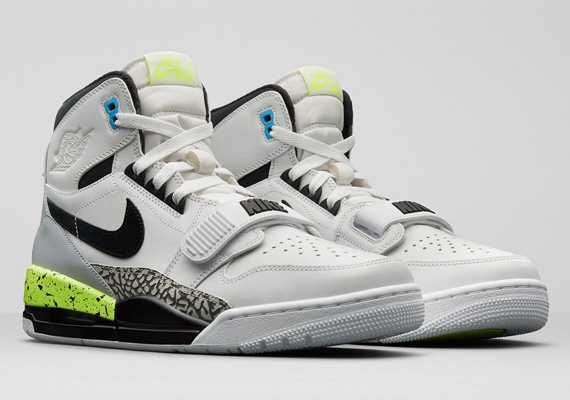 """Air Jordan 1 Retro High OG """"Swoosh"""" Release Date  September 1st 6aa0b661a8"""