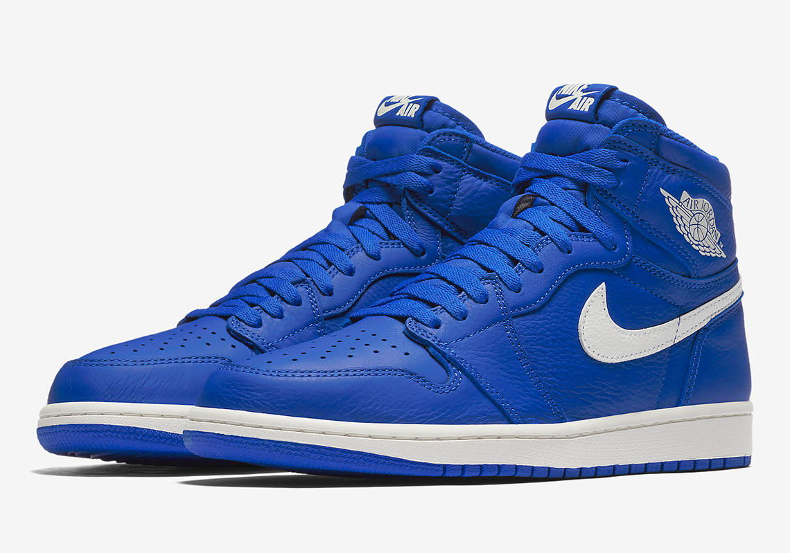 "online store 82ec5 d7337 Where To Buy The Air Jordan 1 ""Hyper Royal"""