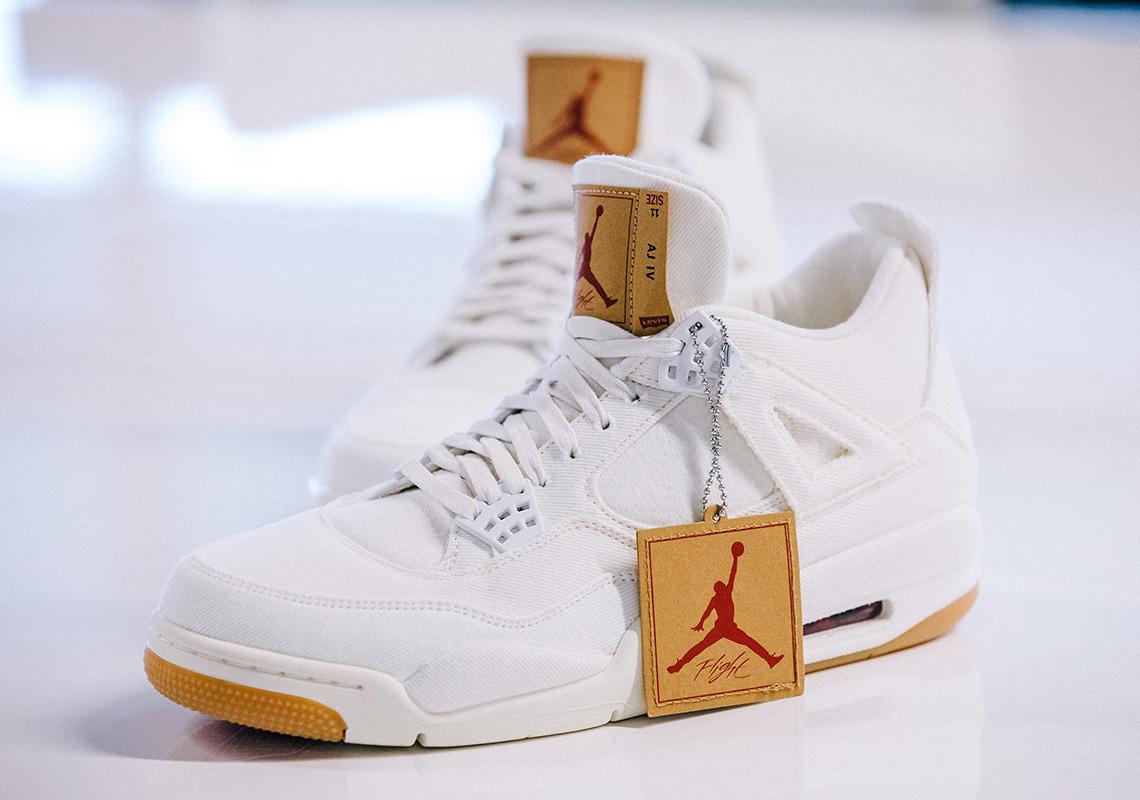 6b4839bea7f Levi & # 39; s Air Jordan 4 Official Release Info