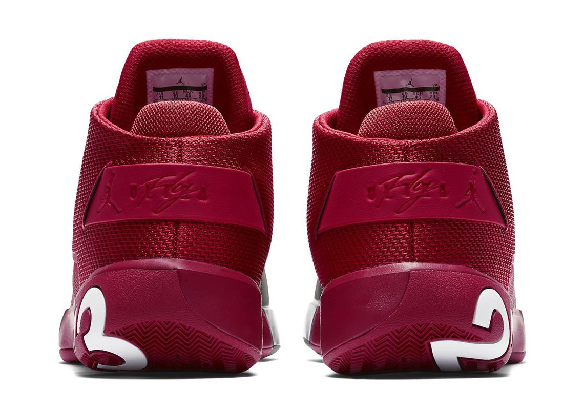 best service c51b5 579c0 Jordan Ultra Fly 3 First Look | SneakerNews.com