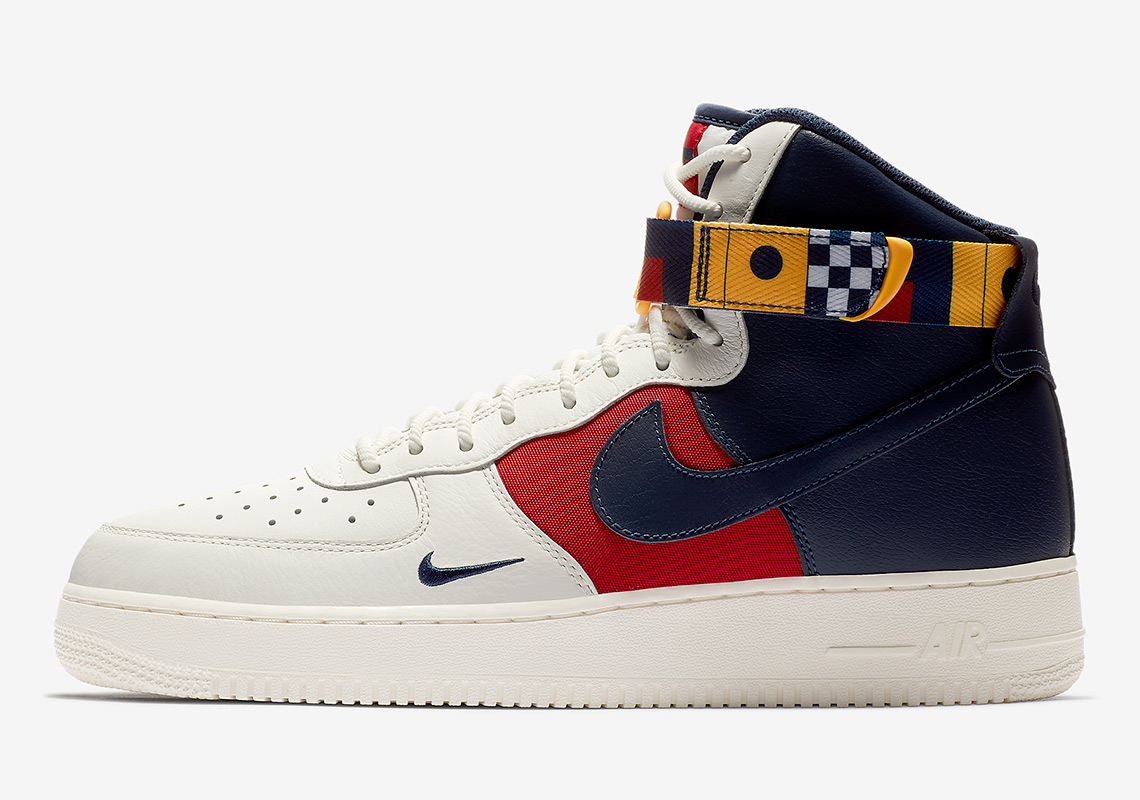 new product 11c37 d0c27 Nike Air Force 1