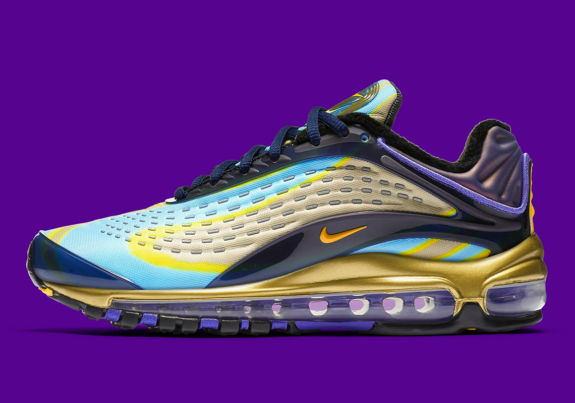 sale retailer b3a5c d0aeb First Look At The Nike Air Max Deluxe OG For Women