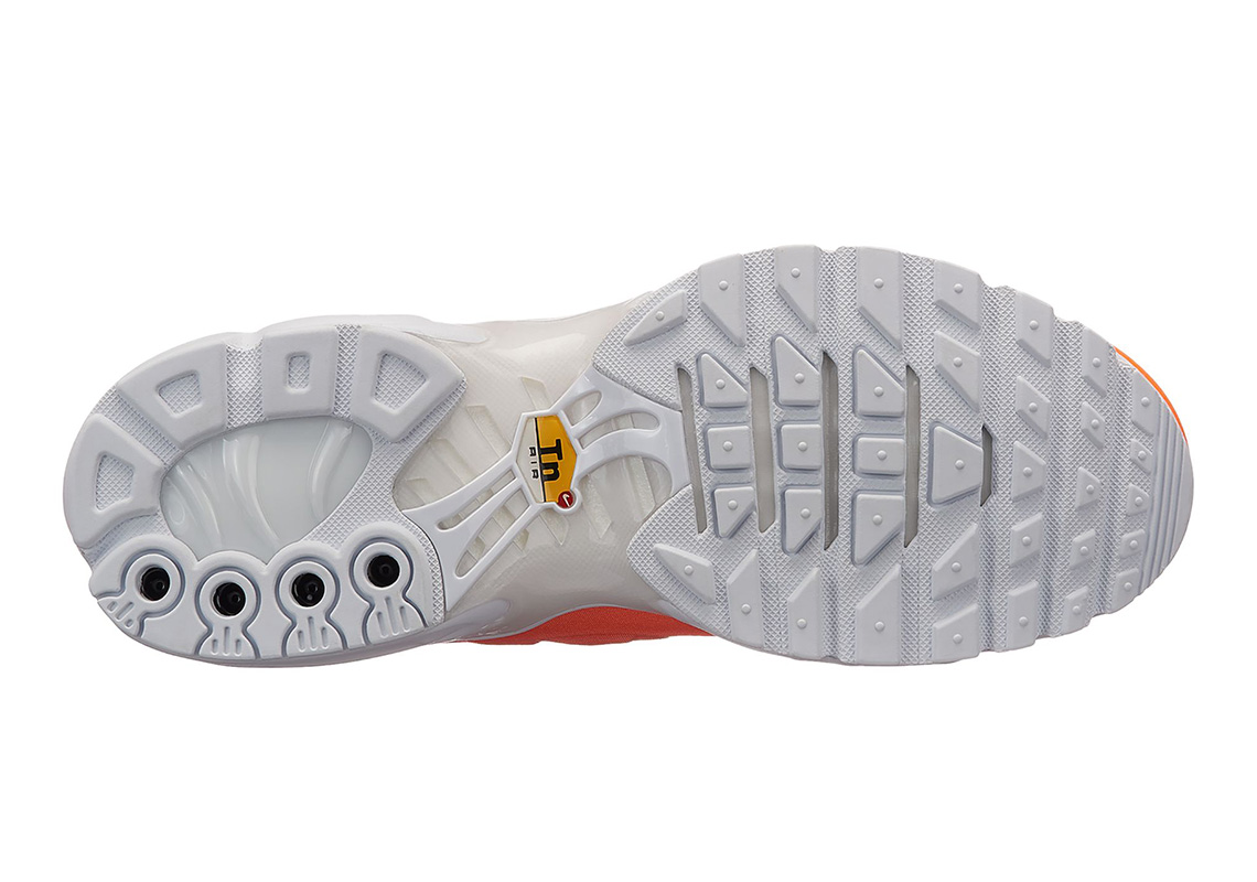 best loved b66d4 12256 The Nike Air Max Plus Joins The