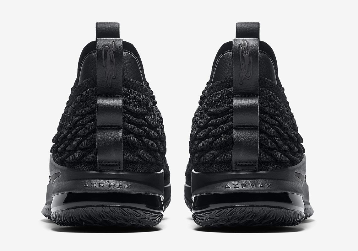 sports shoes db2d1 8f961 Nike LeBron 15 Low