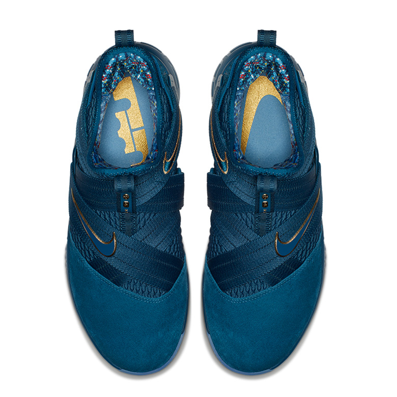 e23214dbf5655 Nike LeBron Soldier 12