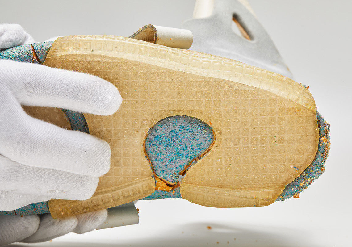 fe9e91a32928 ... extremely fragile state with the heel piece completely crumbled. That  said