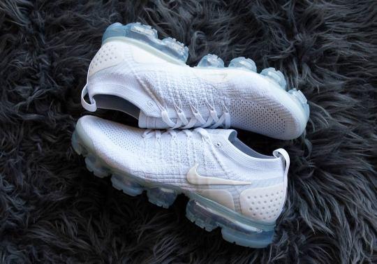 "The Nike Vapormax 2 Brings Back ""Pure Platinum"""