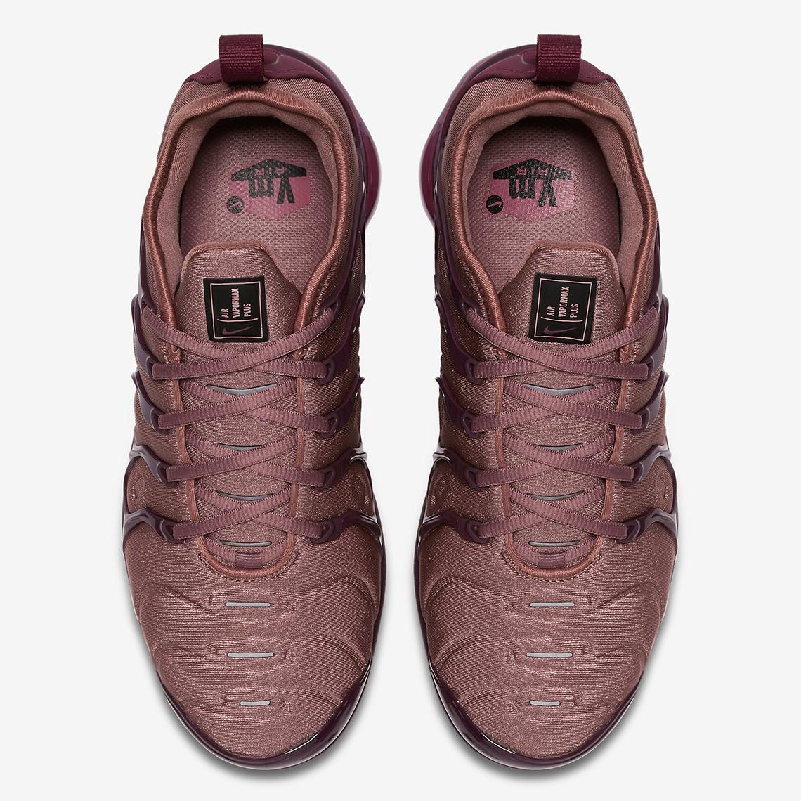 burgundy vapormax plus women's