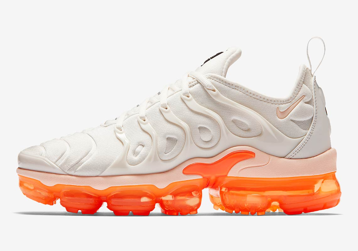 new product 39b4f a504e Nike Vapormax Plus