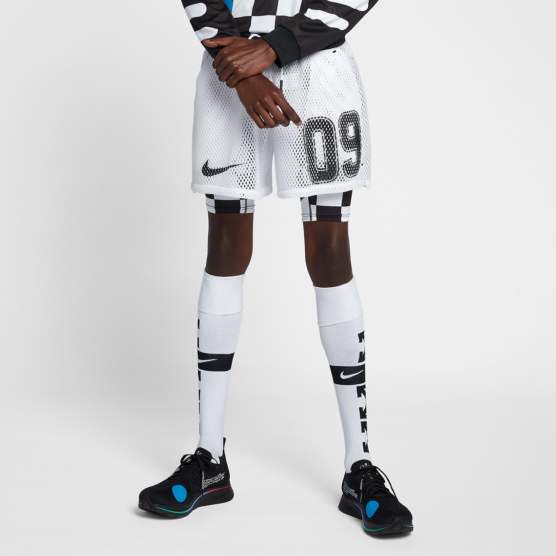 OFF WHITE Nike Football Apparel Release Info | SneakerNews.com