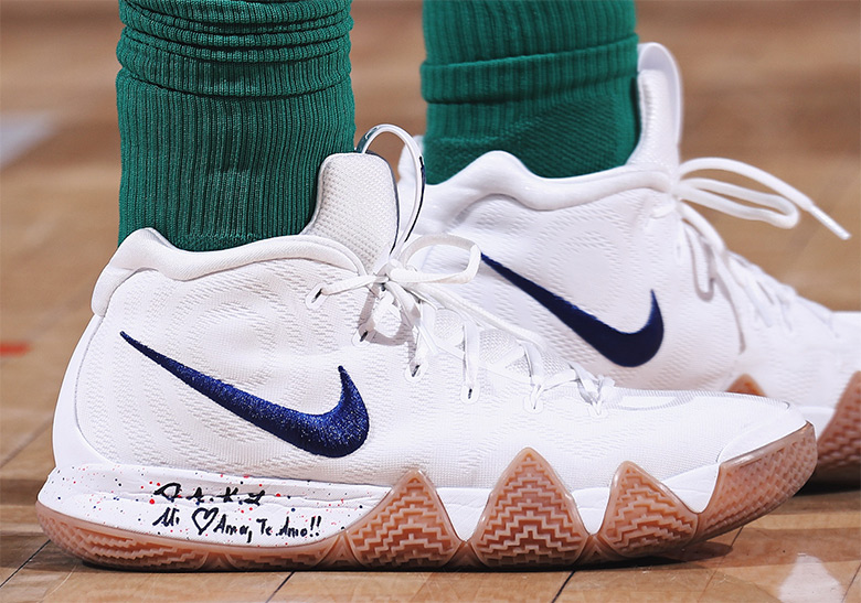 new product 87a9a 9dd67 Nike Kyrie 4