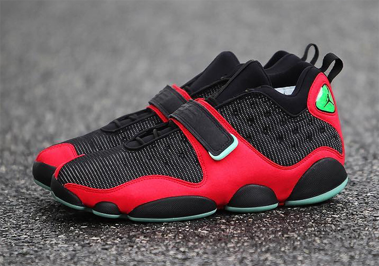 competitive price 4ce9e 3194e Air Jordan 13 Tinker Bred Black Red Release Info ...