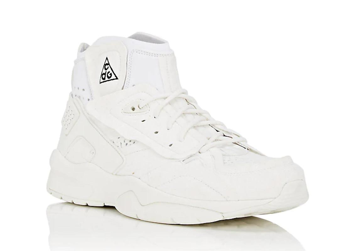 buy online c46b5 4cbcf COMMME des Garcons x Nike Air Mowabb