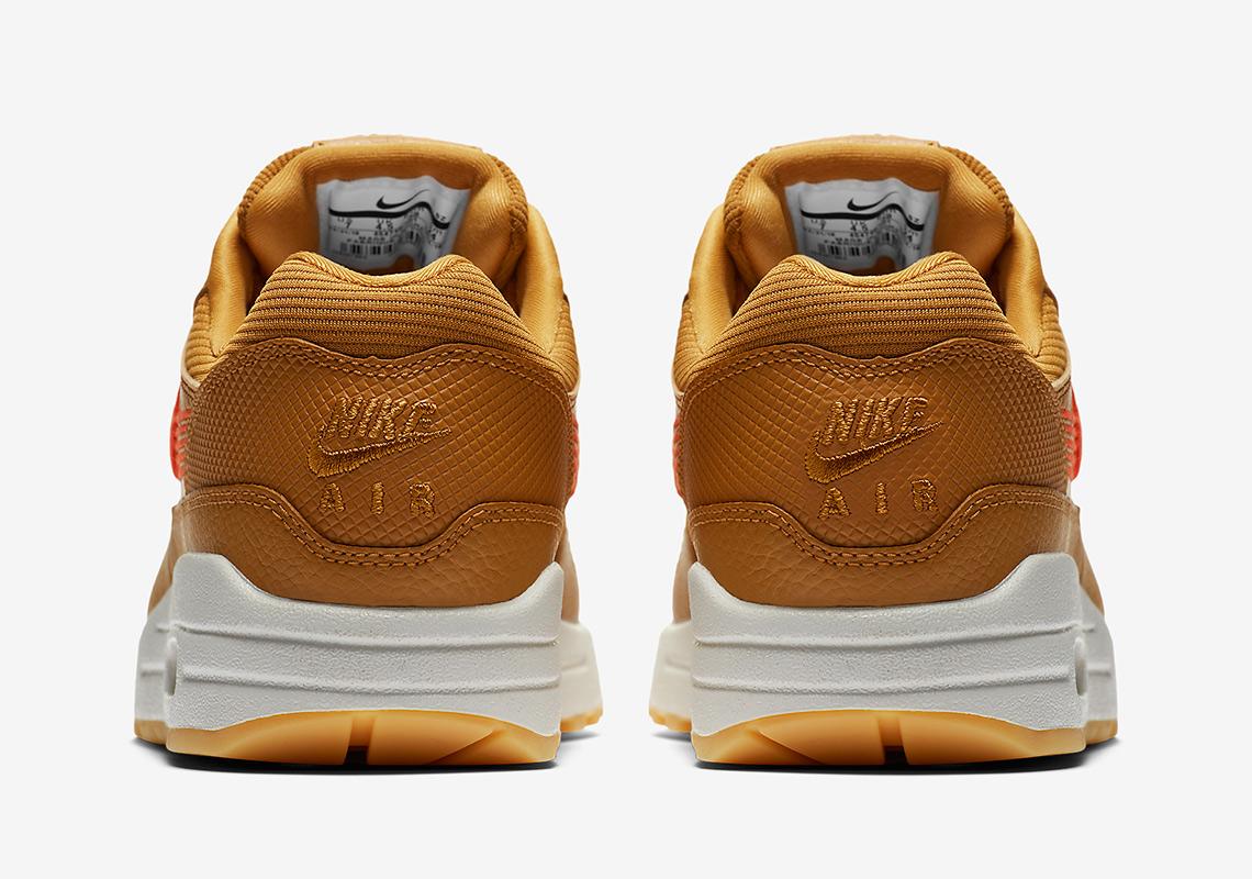 Nike Air Max 1 454746 701+ 454647 800 Release Info