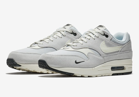 The Mini-Swoosh Returns On The Nike Air Max 1