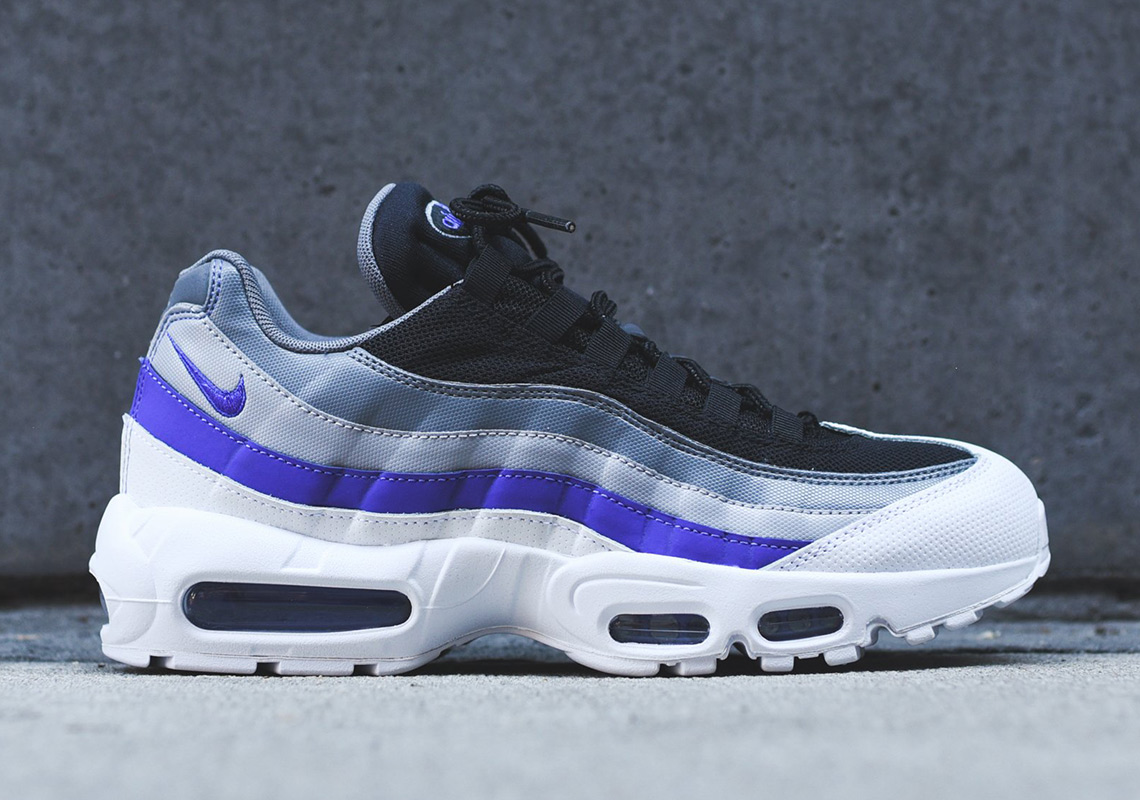 online store e0be7 341aa Nike Air Max 95 Essential  160. Color  White Violet