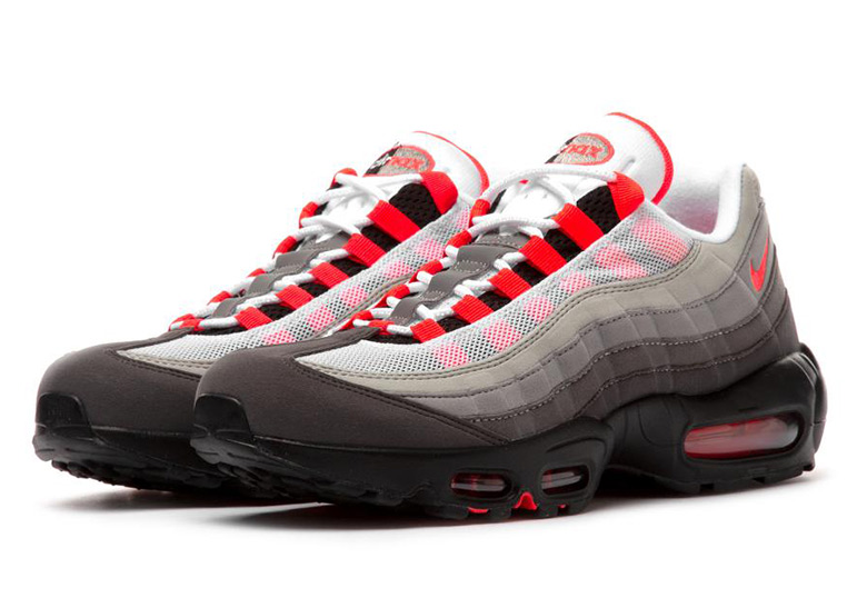 new style bf47e 976d2 Nike s Original Air Max 95 Gradient Returns With Solar Red