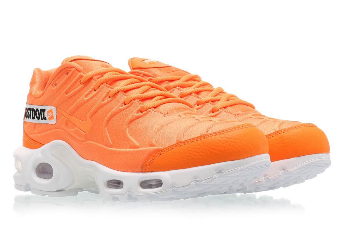 82e8cc72ca35 Nike Air Max Plus Just Do It Pack Where To Buy