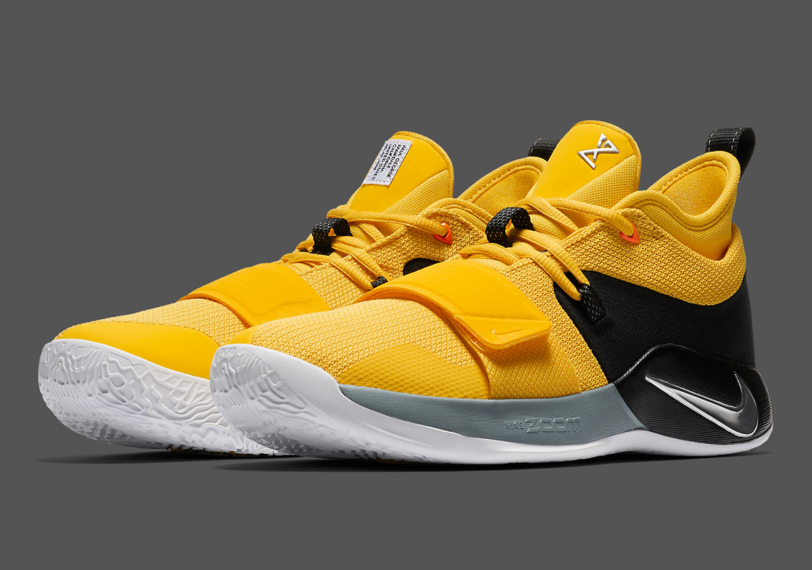 newest fbcf3 f863b Nike PG 2.5 Amarillo Chrome Black BQ8452-700 | SneakerNews.com