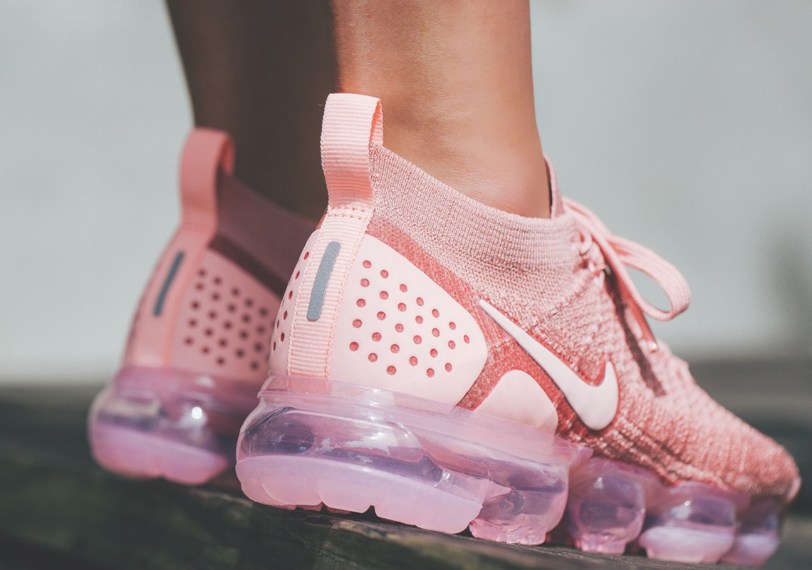 sports shoes 7966f 8a3d1 Nike Vapormax 2.0 942843-600 Rust Pink Buy Now | SneakerNews.com