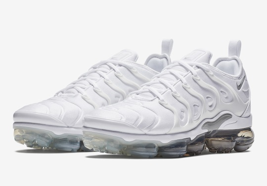 Nike Vapormax Plus In White And Wolf Grey Just Released