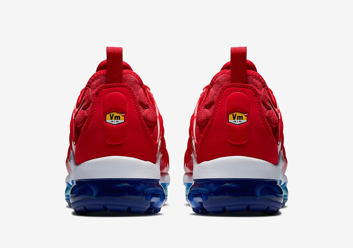 factory authentic 3d96a dff7f Nike Vapormax Plus Firecracker/USA 924453-601 | SneakerNews.com