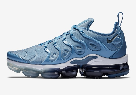 "Nike Vapormax Plus ""Work Blue"" Is Hitting Stores Soon"