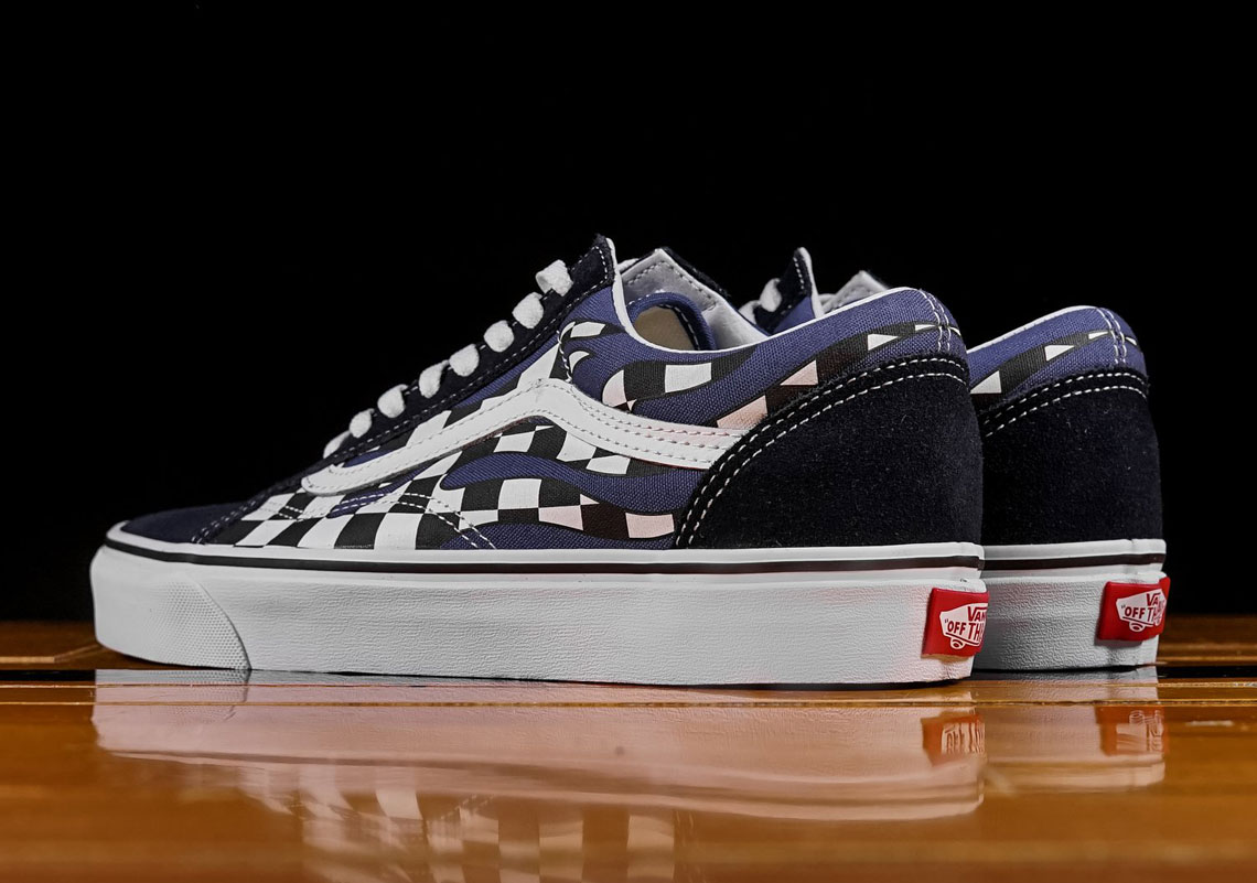 Vans Authentic AVAILABLE AT Renarts  55. Color  Black True White Style  Code  VN0A38EMRX8 e6a6b5342