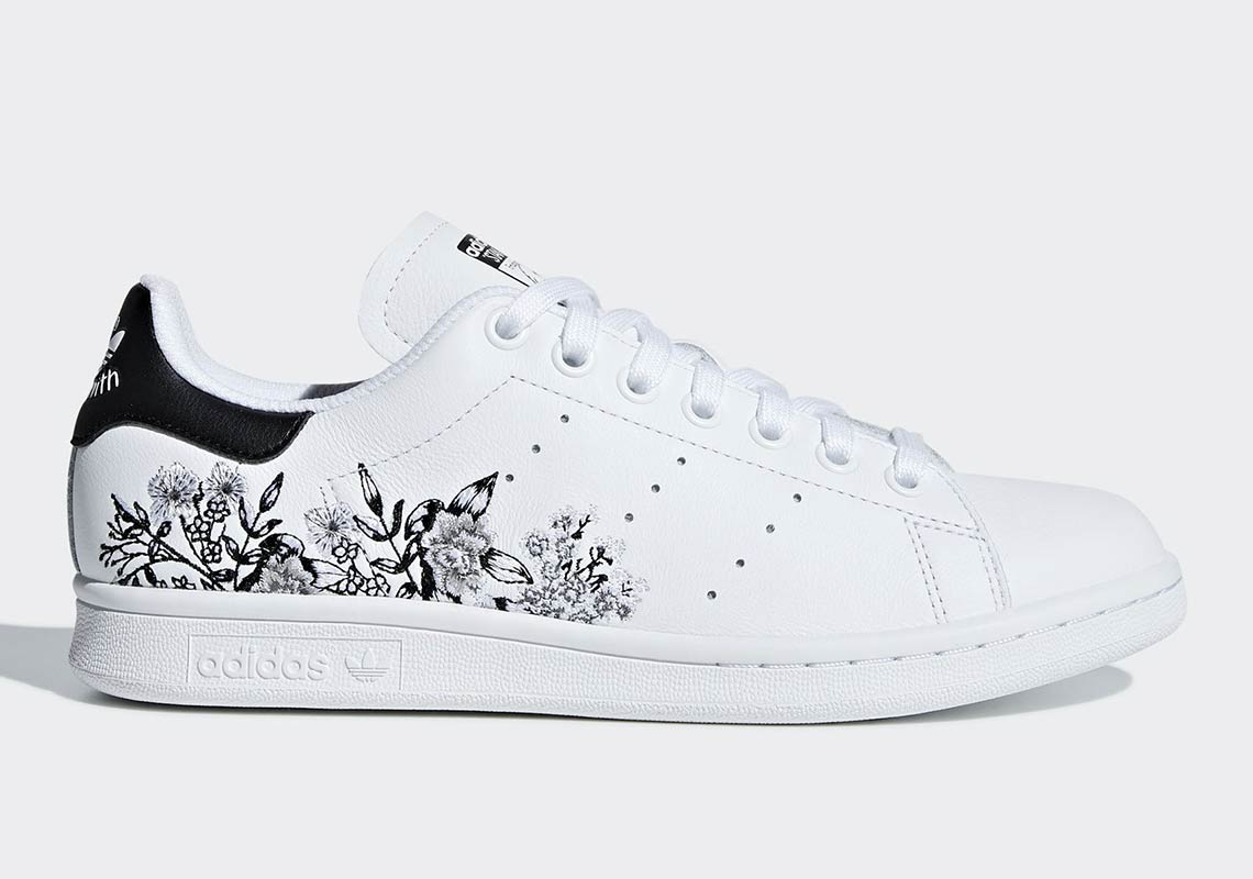 best loved 9025e ff5e3 adidas Drops Two Floral-Printed Stan Smiths