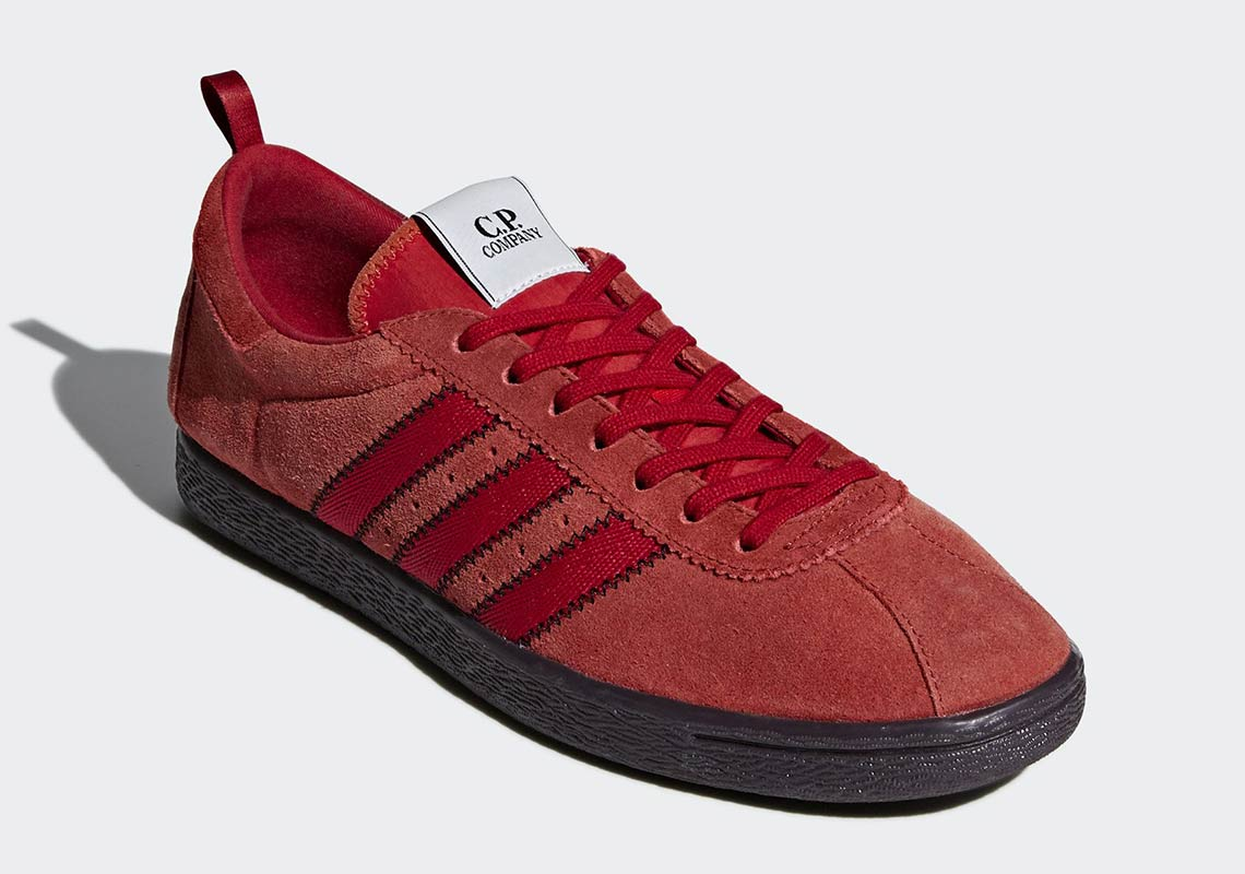 Shop adidas Blue Shoes on imsese.cf Browse all products, from shoes to clothing and accessories in this collection. Find all available syles and colors of Shoes in the official adidas online store.