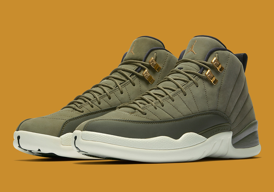 1390f7b15e4e8 Chris Paul Brings The Air Jordan 12 Back To School
