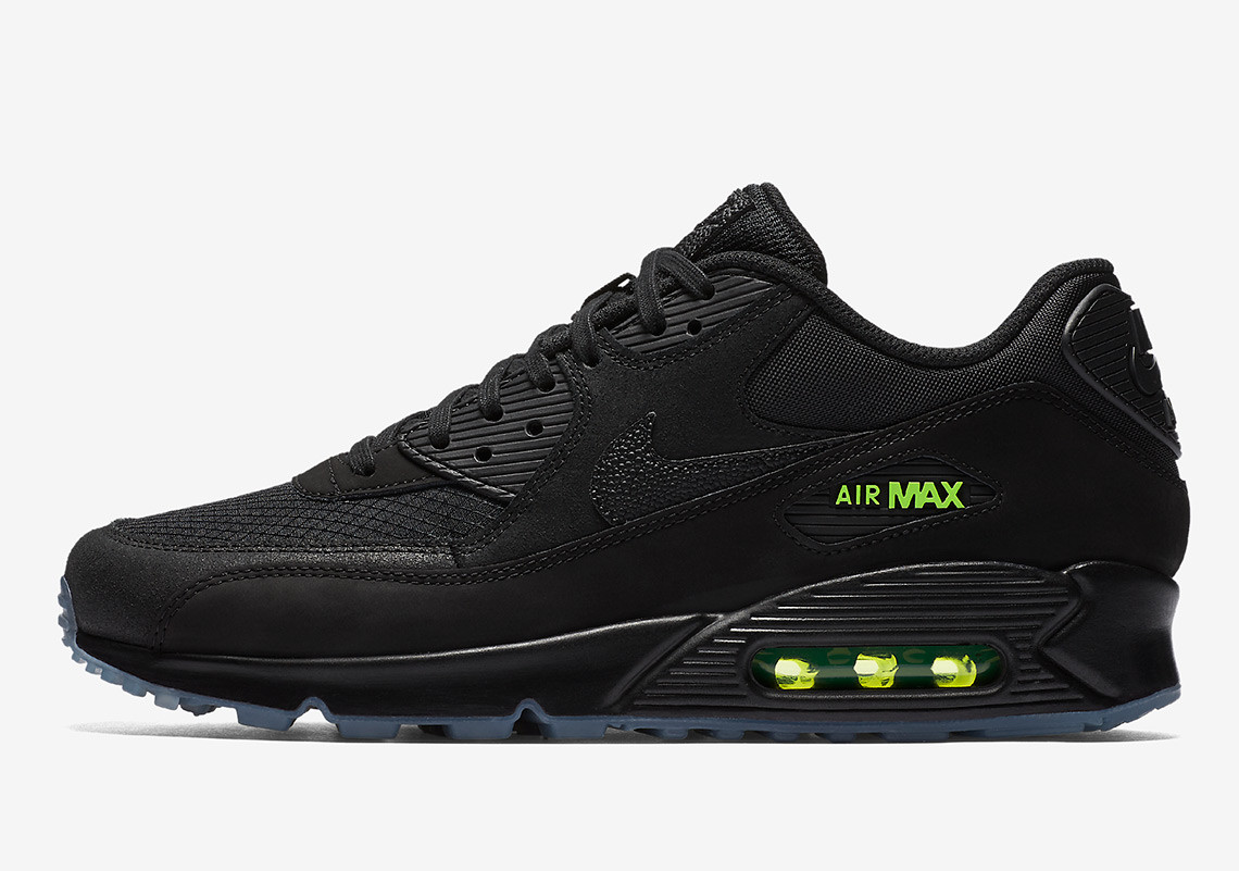 "quality design 4bbf1 67594 Enjoy an official look at Nike s upcoming ""Night Ops"" pack below and look  forward to its August 23rd arrival on Nike SNKRS. Advertisement. Nike Air  Max 90"