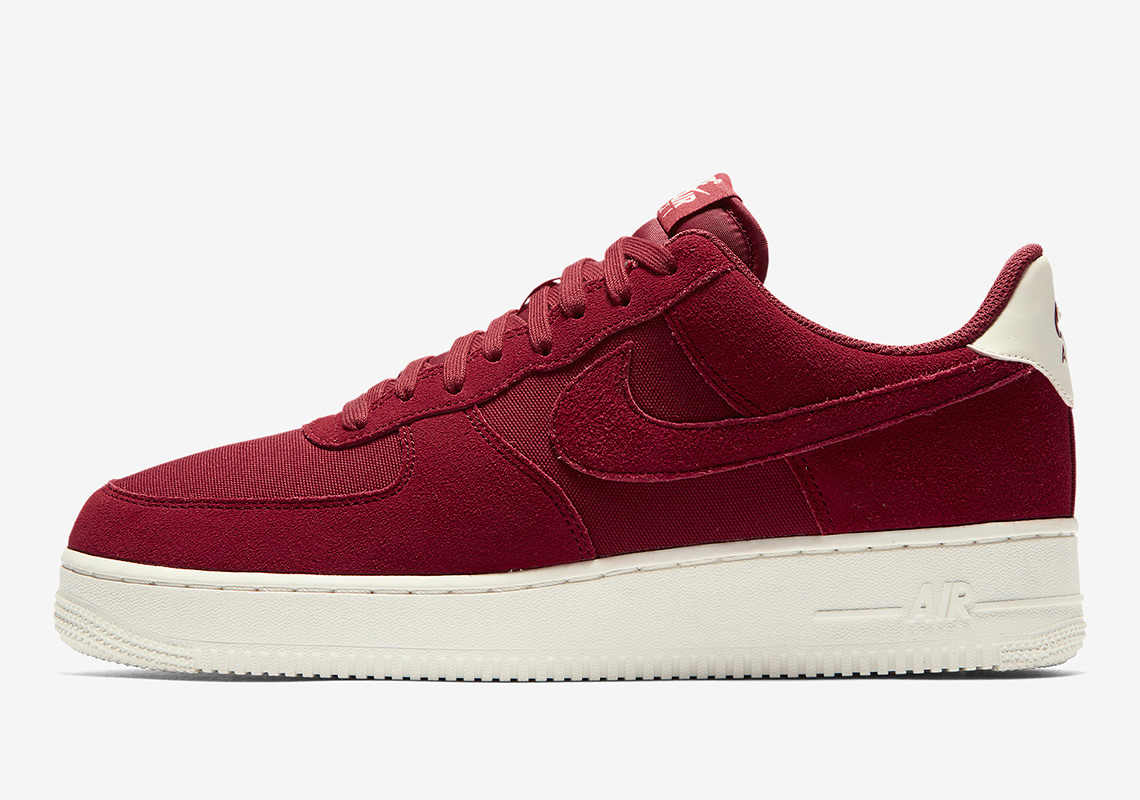 """Nike Air Force 1 Low """"Red Crush"""" And """"Ashen Slate"""""""