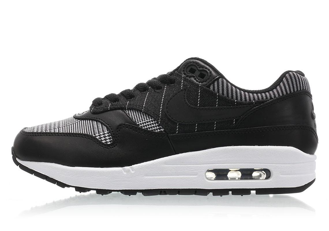 Nike Air Max 1 AT0063-001   SneakerNews.com