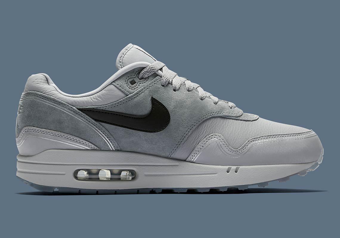"Nike Air Max 1 ""Pompidou Center Night"" Wolf GreyBlack Cool Grey AV3735 001"