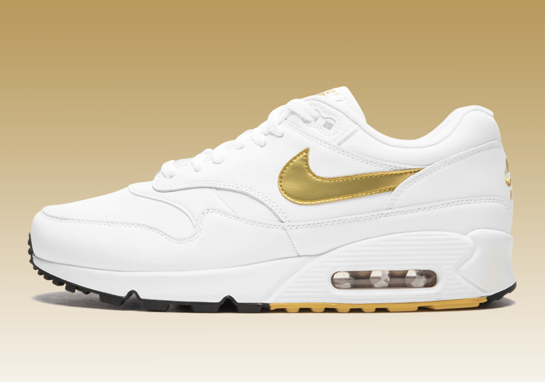 d418e13335 Nike Air Max 90/1 AJ7695-102 Metallic Gold Buy Now | SneakerNews.com